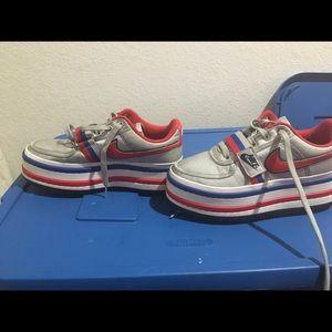 Nike vandal 2k sneakers